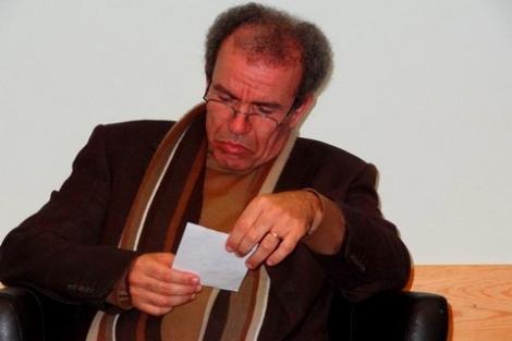"""وزير الأوقاف مطالب بالتدخل لوقف """"توظيف المساجد"""" ضد أحمد عصيد"""