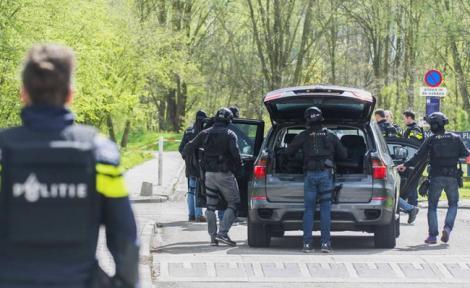 مقتل مغربي أمام طفلته في حادث إطلاق نار بأوتريخت الهولندية (فيديو)