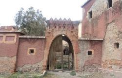 قلعة أربعاء تاوريرت بالحسيمة.. معلمة اثرية في انتظار الترميم والتثمين