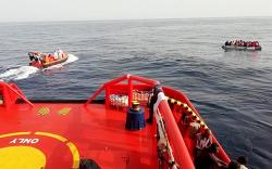 خفر السواحل الاسباني ينقذ 64 مهاجرا سريا ابحروا من سواحل الريف