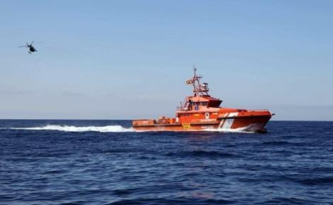 البحث عن قاربين للمهاجرين السريين ابحرا من سواحل الحسيمة