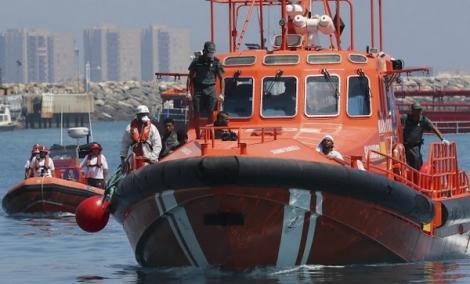 انقاذ مهاجرين بعد 12 ساعة على إبحارهم من سواحل الناظور