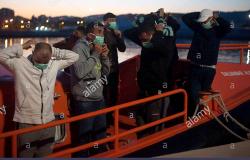 وصول 7 مهاجرين ينحدرون من الحسيمة الى ميناء ملقة