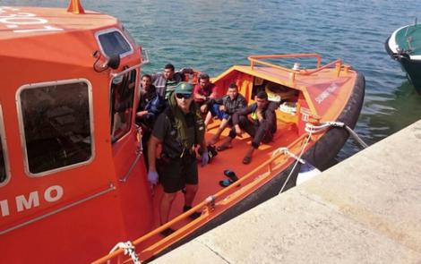 البحرية الاسبانية تعترض قاربا يقل 11 مهاجرا ابحروا من الريف