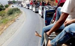 تعثر اشغال اصلاح طريق يخرج المئات للاحتجاج ضواحي الحسيمة