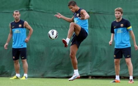 المدرب لويس انريكي لا يستبعد بقاء افلاي مع برشلونة