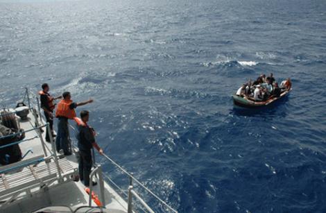 """احباط محاولات للهجرة من سواحل الحسيمة على متن زورق ودراجتي """"جيتسكي"""""""