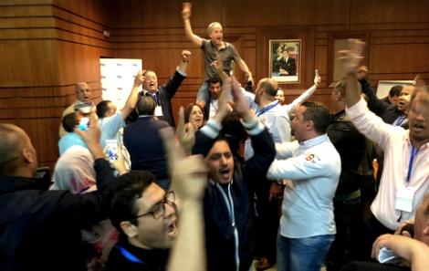 """الاجتماع الاول للجنة التحضرية لمؤتمر البام """"ينفجر"""" في وجه بنشماش"""