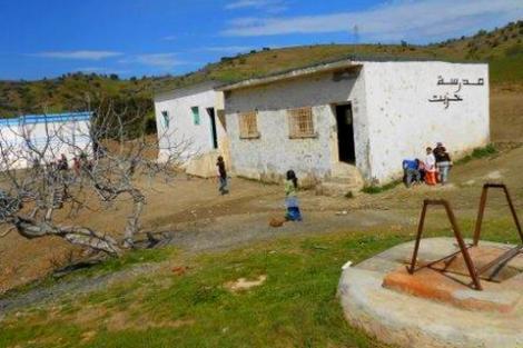 انعدام النقل المدرسي يؤرق تلاميذ جماعة بني عمارت باقليم الحسيمة