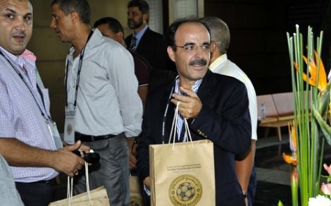 العماري يضغط على لقجع لإعادة البوشحاتي إلى الجامعة