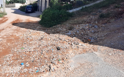 الحسيمة .. السيول تخرب شوارع في حي بوجيبار والساكنة تطالب بتدخل السلطات