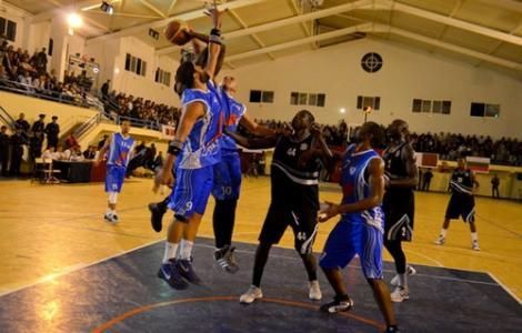 """شباب الريف لكرة السلة يُحقق ثاني إنتصار خارج القواعد برسم منافسات """"البلاي أووف"""""""