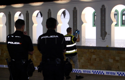 اطلاق الرصاص على مسجد في مدينة سبتة المحتلة (فيديو)