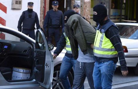 توقيف مغربيين بمدريد وبرشلونة للاشتباه في انتمائهما لتنظيم داعش