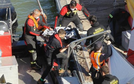 انتشال جثة مهاجر مغربي سقط في نهر جنوب اسبانيا