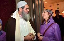 الفزازي لوالد ناصر الزفزافي : عليك ان تحمد الله انك لم تُعتقل