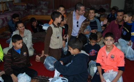 """منظمة """"ايتام العالم"""" البلجيكية تكافح الهدر المدرسي بالحسيمة"""