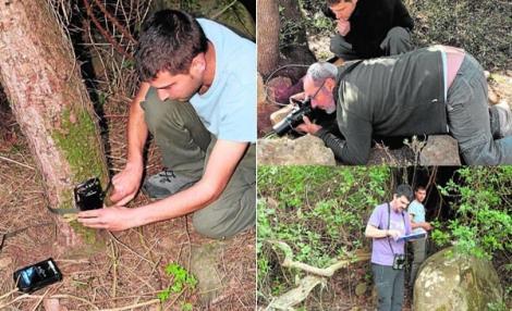 علماء أحياء إسبان يستكشفون الحياة البرية في الريف