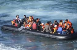 الحسيمة.. اعتراض قارب للهجرة السرية يقل 37 شخصا ينحدرون من الريف