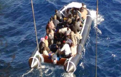 البحر يلفظ خمسة جثث لمهاجرين سريين بسواحل الناظور والدريوش