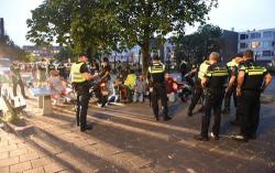 موجة عنف تجتاح هولندا واصابع الاتهام توجه للشبان المغاربة