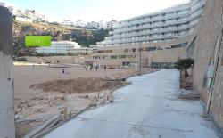 الحسيمة.. الاسمنت يزحف على شاطئ كيمادو ونشطاء يصفون ذلك بالجريمة