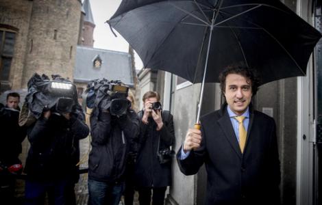 السياسي الهولندي المعروف فراس كلافر يقرر زيارة عائلة والده بالحسيمة لأول مرة