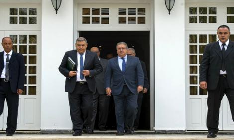 تجار الانتخابات ورؤساء الجماعات الفاسدين في مدفعية الداخلية