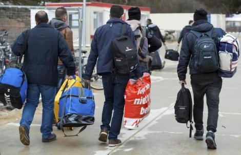 """مُرحل مغربي من ألمانيا: """"لا مستقبل لي هنا.. سأعود إلى ألمانيا سباحة"""""""