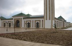 المغرب يقرر فتح المساجد تدريجيا لأداء الصلوات الخمس