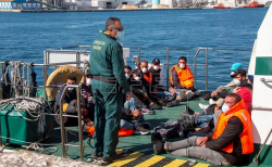 انقاذ 19 مهاجرا ينحدرون من الريف قرب السواحل الاسبانية