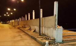 بناء حائط حول شاطئ كيمادو يثير استياء ساكنة الحسيمة
