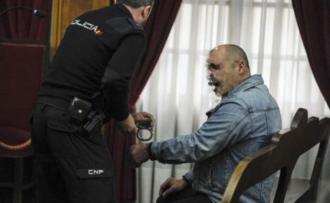 23 سنة سجنا لمغربي ذبح زوجته في برشلونة