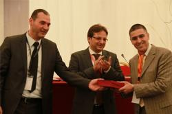 """الباحث رشيد سعدي المنحدر من الحسيمة يتوج بجائزة مؤسسة """"مؤمنون بلا حدود"""""""