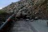 انهيارات صخرية تغلق الطريق الساحلية بين تطوان والحسيمة(صور)