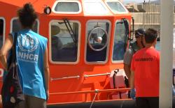 """مهاجرون سريون يقتحمون جزر """"اشفارن"""" قرب الناظور (فيديو)"""