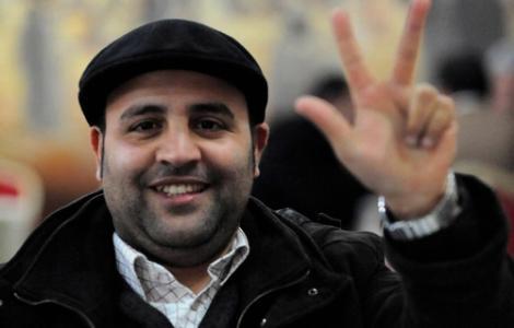 """إبن الريف عادل الزبيري يُؤرّخ لحياته الجامعية في كتابه الأول """"زمن العرفان"""""""