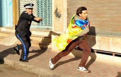 القوات العمومية تفرق بالقوة مسيرة احتجاجية لنشطاء أمازيغ بالبيضاء