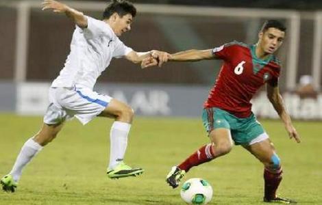 رسميا.. فيورنتينا يتعاقد مع الدولي المغربي سفيان امرابط
