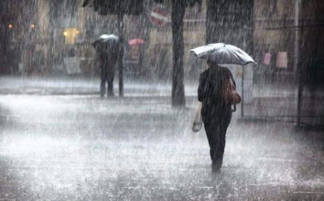 أمطار قوية يومي الإثنين والثلاثاء بمناطق شمال المملكة