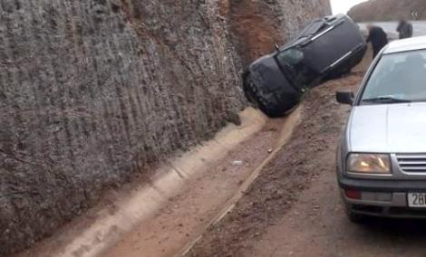 نجاة ستيني اثر حادثة سير على الطريق الساحلية الحسيمة -الناظور