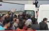 لحظة نقل المعتقل الحاجي من جنازة والده إلى عكاشة