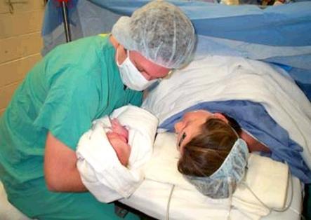 نساء بالناظور يفضلن الولادة بمستشفيات مليلية المحتلة
