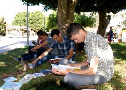 """جمعية مبادرة الشباب تحتضن النسخة الريفية من حملة """"يلاه نقراو"""""""