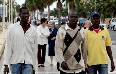 دراسة : المهاجرون الأجانب في عيون شباب مدن وجدة والحسيمة والفنيدق