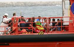 اسبانيا تستعد لترحيل 17 طالب لجوء من الحسيمة ومنظمات حقوقية تتدخل